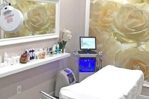Love Your Body Hydrafacial Procedure Room